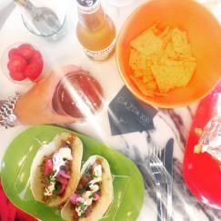 Tacos de Cerdo + Nachos